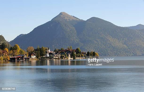 Lake Walchensee, Lake Walchen and the town of Walchensee, Jochberg mountain at the back, Kochel, Upper Bavaria, Bavaria, Germany, Europe, PublicGround