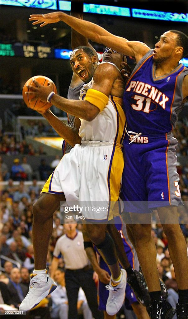 free shipping 0ad2c d213a Lakers @@#8 Kobe Bryant drives under Phoenix Suns @@#31 ...