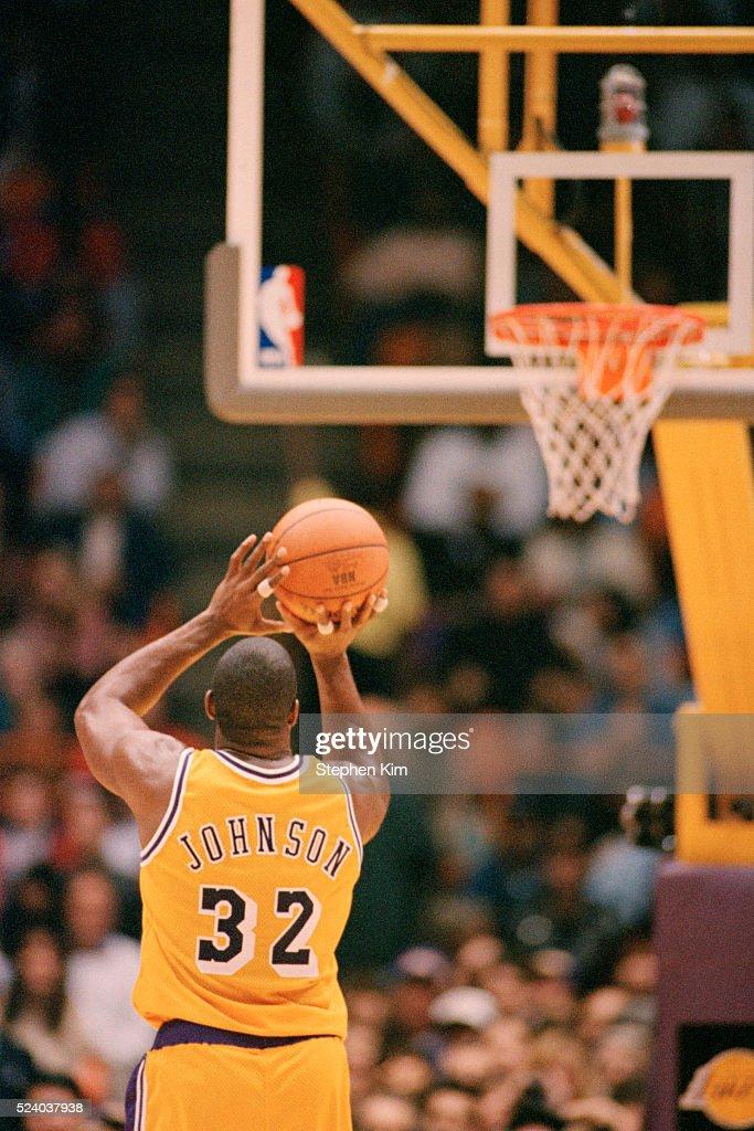Basketball Lakers Player Magic Johnson : News Photo