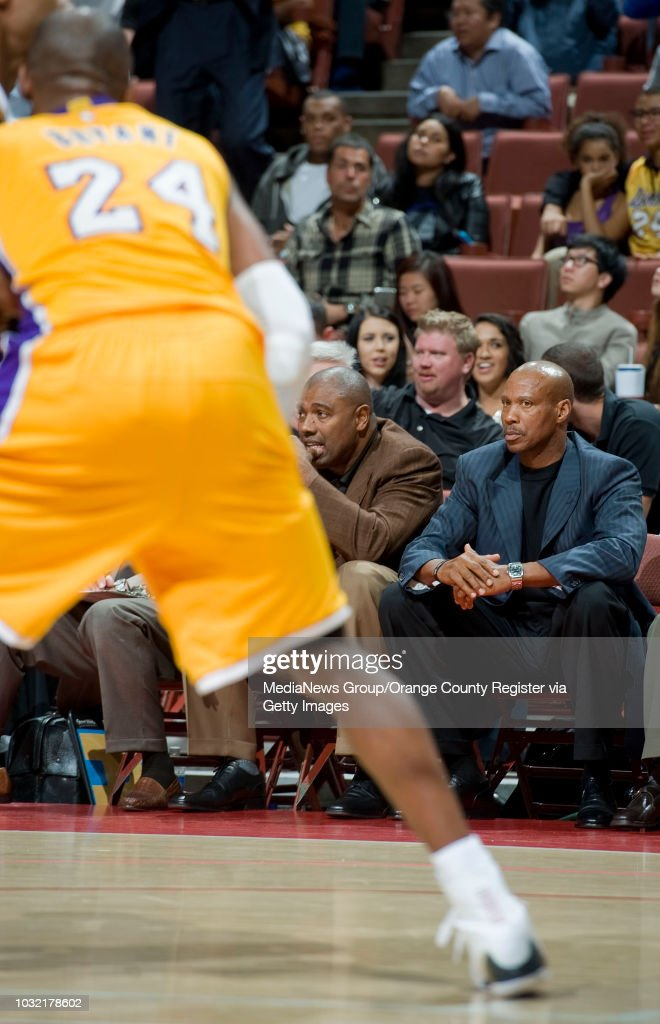 4cc91cf82 Lakers head coach Byron Scott watches from the bench as Kobe Bryant ...