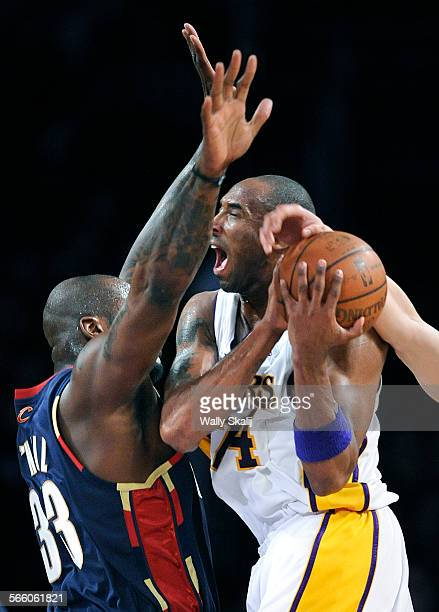 Lakers Kobe Bryant collides with Cavaliers Shaquille O'Neal at the Staples Center Friday