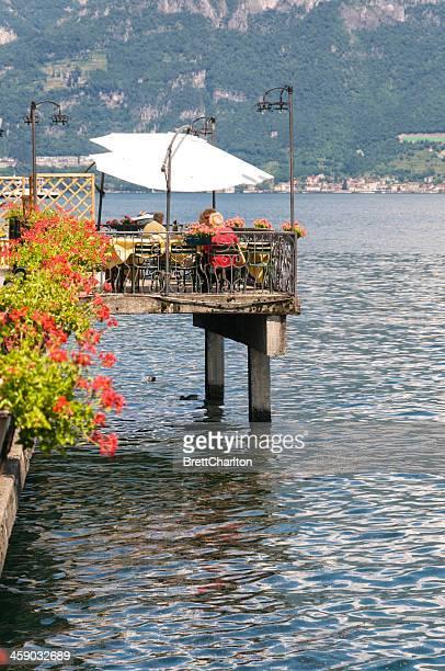 lakeside ristorazione - lombardia foto e immagini stock