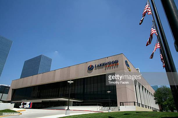 Lakewood Church in Houston where Pastor Joel Osteen preaches to some 25000 people each week There are currently 842 mega churches that host an excess...