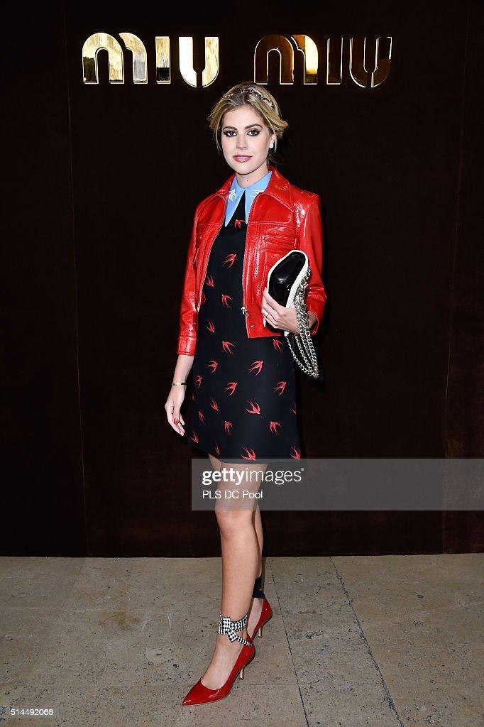 Miu Miu : Arrivals - Paris Fashion Week Womenswear Fall/Winter 2016