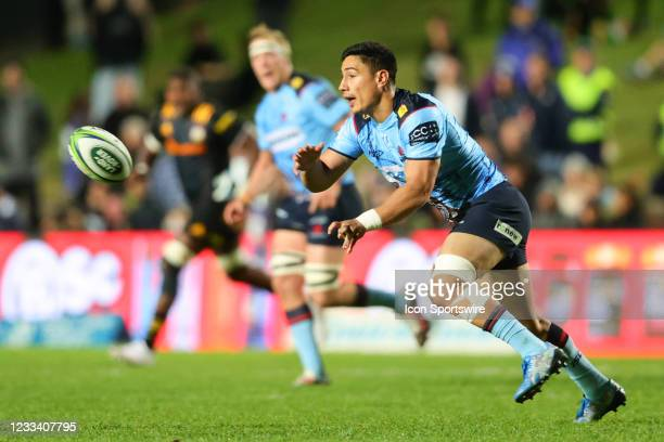 Lalakai Foketi of the Waratahs passes the ball during the round five Super Rugby Trans Tasman match between the NSW Waratahs and Chiefs at Brookvale...