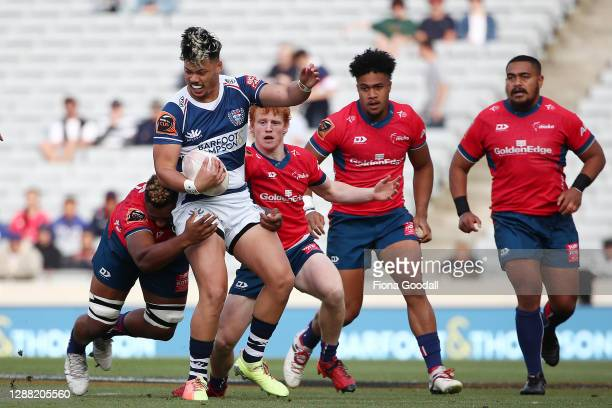 Lam of Auckland looks for a gap during the Mitre 10 Cup Final between Auckland and Tasman at Eden Park on November 28, 2020 in Auckland, New Zealand.