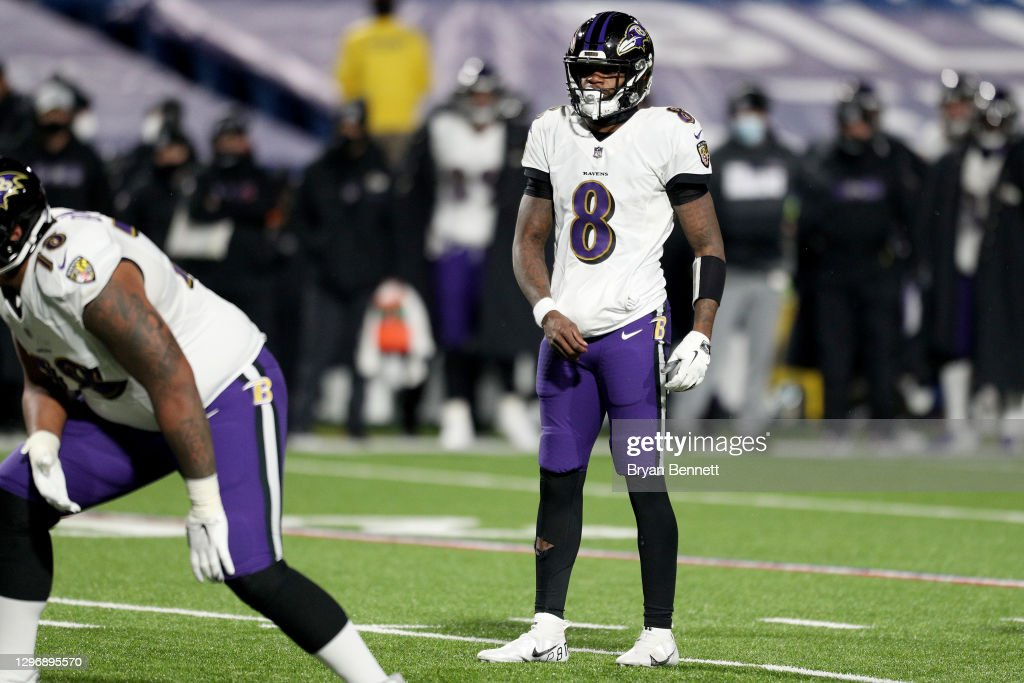 Divisional Round - Baltimore Ravens v Buffalo Bills : ニュース写真