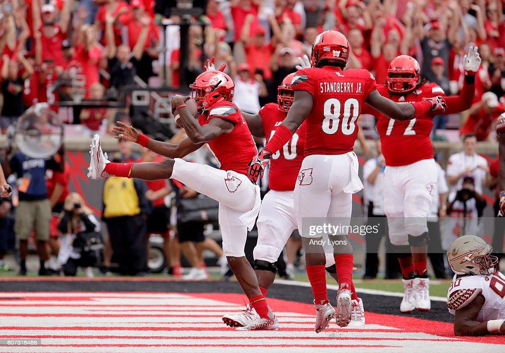 Florida State v Louisville : News Photo