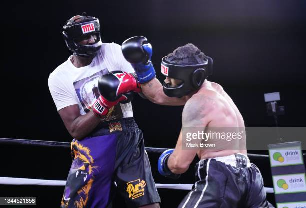 Lamar Odom fights Ojani Noa in the first round during Celebrity Boxing Miami 2021 Lamar Odom vs Ojani Noa at the James L. Knight Center on October...