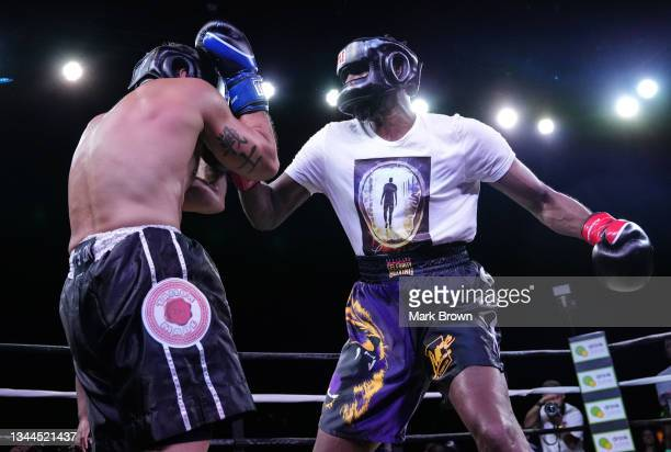 Lamar Odom looks to throw a punch at Ojani Noa during the third round of the Celebrity Boxing Miami 2021 Lamar Odom vs Ojani Noa at the James L....