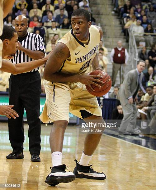 Lamar Patterson of the Pittsburgh Panthers handles the ball against the Connecticut Huskies at Petersen Events Center on January 19, 2013 in...