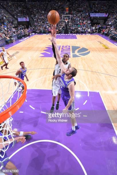 LaMarcus Aldridge of the San Antonio Spurs shoots against Kosta Koufos of the Sacramento Kings on January 8 2018 at Golden 1 Center in Sacramento...