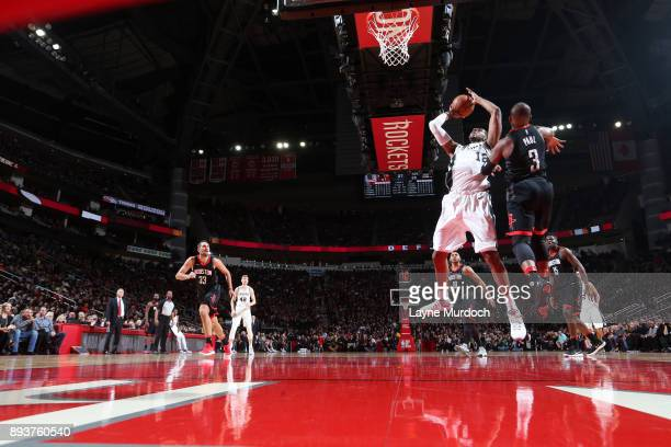 LaMarcus Aldridge of the San Antonio Spurs shoots the ball during the game against the Houston Rockets on December 15 2017 at Toyota Center in...