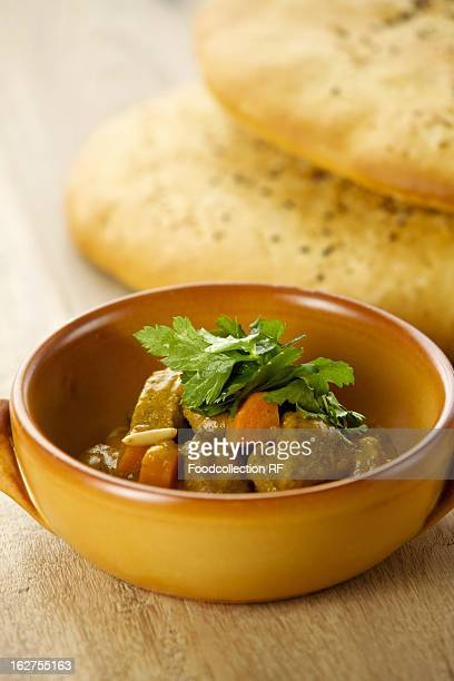 Lamb ragout with bread