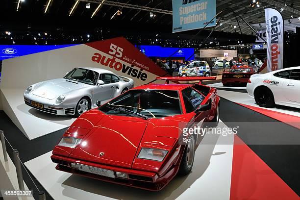 Lamborghini Countach and Porsche 959 supercars