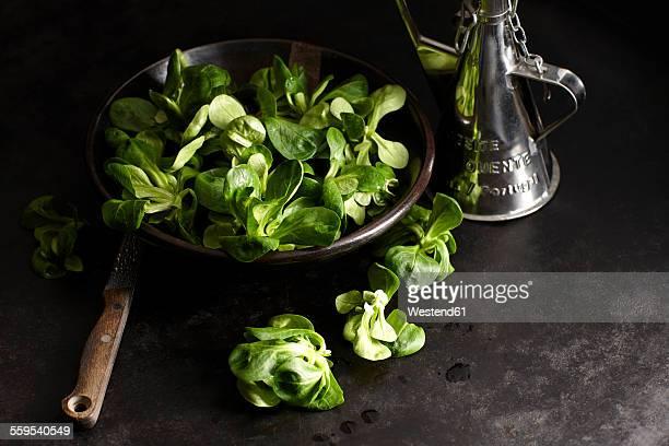 Lambs lettuce in bowl