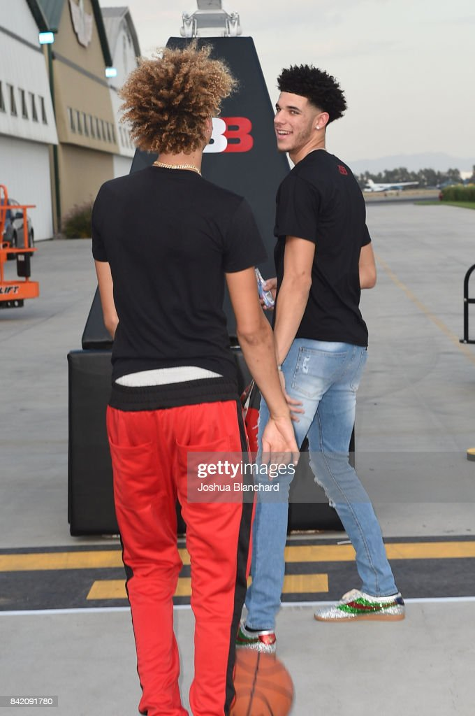 LaMelo Ball (L) and Lonzo Ball attend Melo Ball's 16th Birthday on September 2, 2017 in Chino, California.