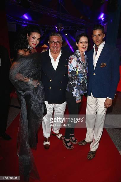 Lamia Khashoggi Nunzio Alfredo D'Angieri Debra Mace and Stefan D'Angieri attend the Denise Rich annual St Tropez party on July 17 2013 in SaintTropez...