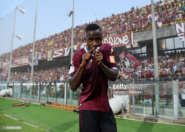 Lamin Jallow of US Salernitana celebrates after scoring the 2-1 goal during the Serie B match between Salernitana and Pescara Calcio at Stadio Arechi...
