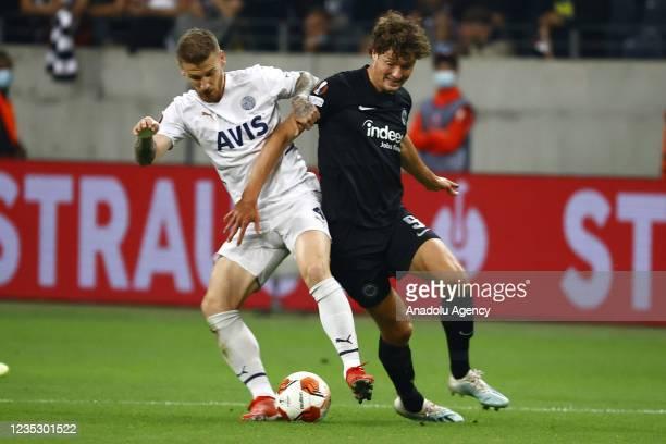 Lammers of Eintracht Frankfurt in action against Mert Hakan Yandas of Fenerbahce during the UEFA Europa League group D match between Eintracht...