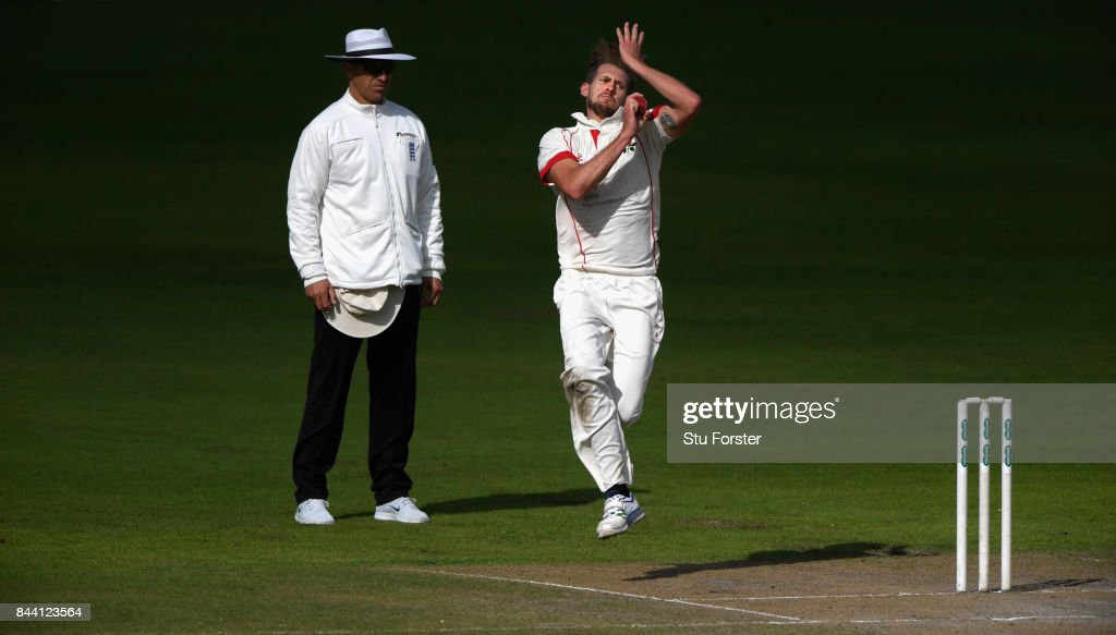 Lancashire bowler Tom Bailey in action during day four of the Specsavers County Championship Division One match between Lancashire and Essex at Old Trafford on September 8, 2017 in Manchester, England.
