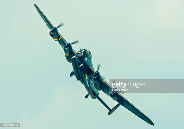 lancaster bomber - lancaster bomber stock pictures, royalty-free photos & images