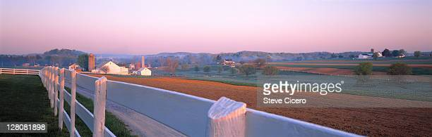 lancaster county, pennsylvania farmland - lancaster county pennsylvania stock pictures, royalty-free photos & images