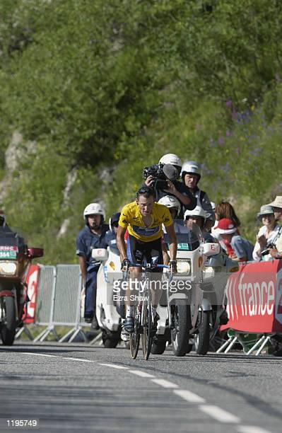 Lance Armstrong climbs La Plagne during stage 16 of the 2002 Tour De France on July 24th 2002 from Les DeuxAlpes to La Plagne France