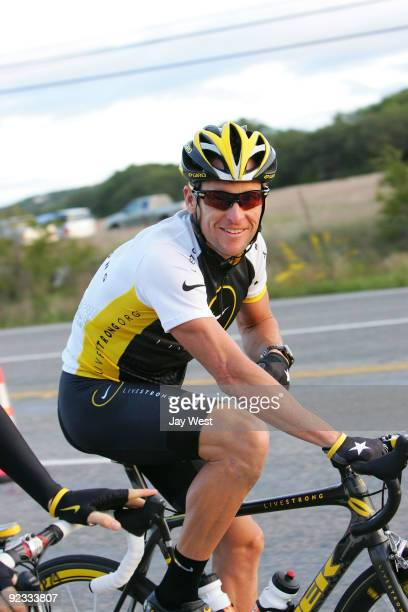 Lance Armstrong riding in his Livestrong Challenge Ride on October 25, 2009 in Austin, Texas.