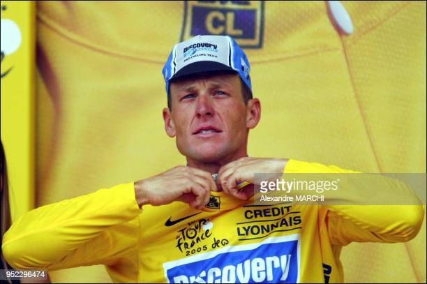 Lance Armstrong's Discovery Channel squad won the team time trial at the Tour de France on Tuesday handing the sixtime champion the yellow jersey as...