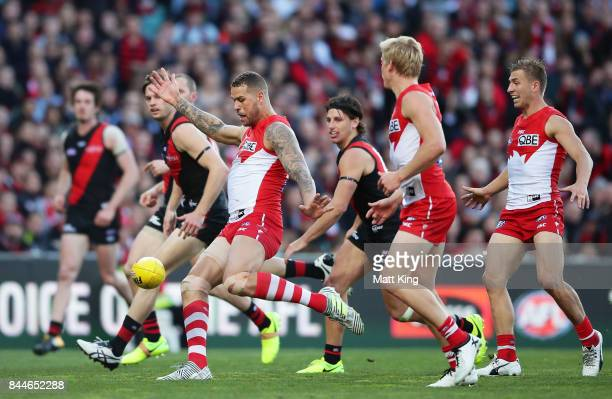 Lance Franklin of the Swans kicks a goal during the AFL Second Elimination Final match between the Sydney Swans and the Essendon Bombers at Sydney...