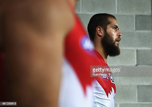 Lance Franklin of the Swans walks onto the ground during the round two AFL match between the Sydney Swans and the Collingwood Magpies at ANZ Stadium...