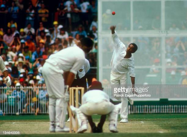 Lance Gibbs bowling Australia v West Indies 3rd Test Melbourne Dec 197576