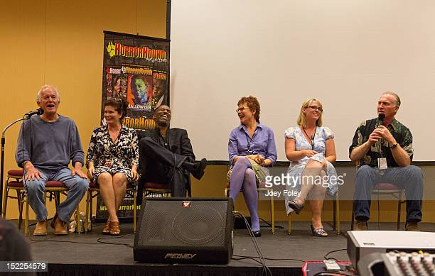 Lance Henriksen Jenette Goldstein Ricco Ross Cynthia Dale Scott Carrie Henn and Mark Rolston participate in a QA session during Horrorhound Weekend...