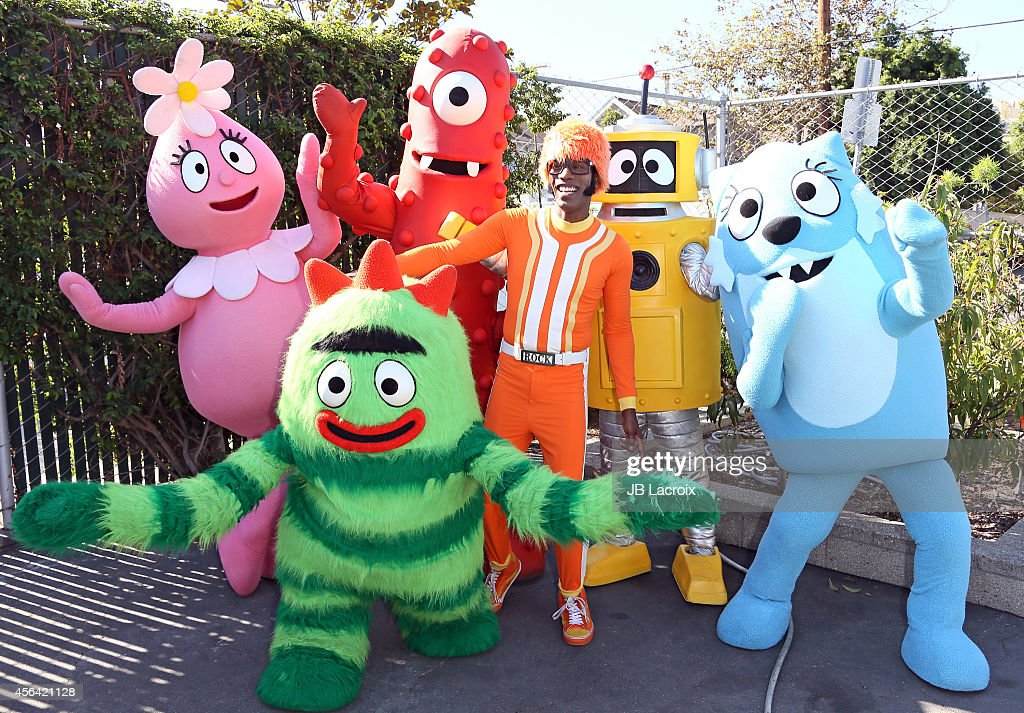 Maroon 5's James Valentine And Members Of Guster Join DJ Lance Rock And The Colorful Cast Of Yo Gabba Gabba!