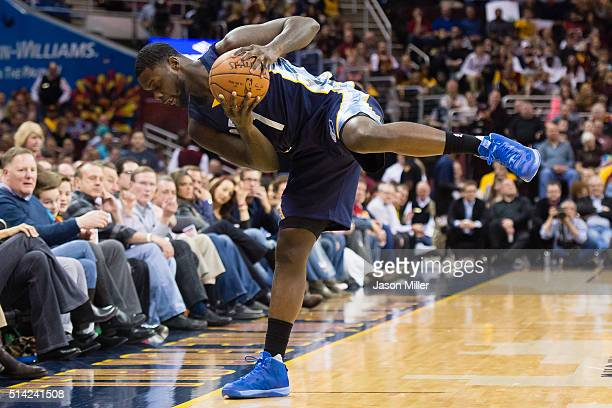 Lance Stephenson of the Memphis Grizzlies tries to stay in bounds during the first half against the Cleveland Cavaliers at Quicken Loans Arena on...