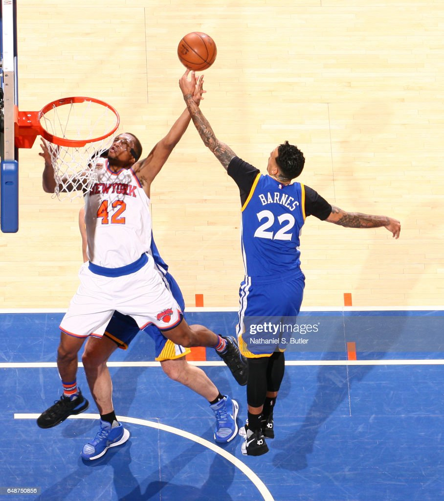 Lance Thomas #42 of the New York Knicks drives to the basket against the Golden State Warriors on March 5, 2017 at Madison Square Garden in New York City, New York.