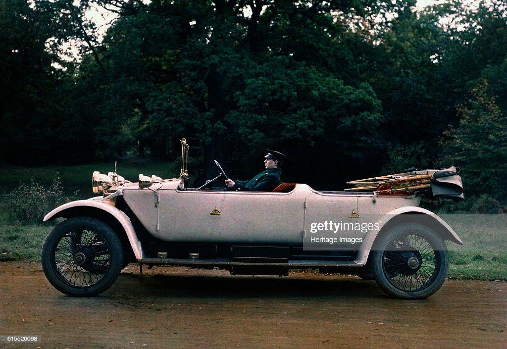 1913 Lanchester 38hp tourer : News Photo