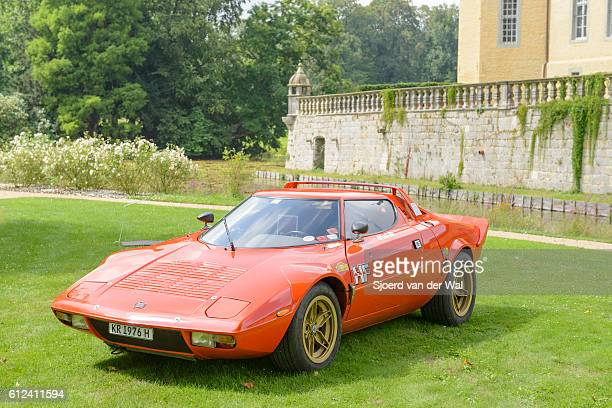 lancia stratos hf classic 1970s rally car - 1970s muscle cars stock pictures, royalty-free photos & images