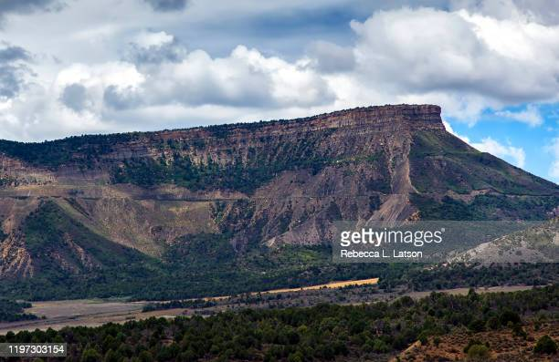 land of the cliff dwellers - mesa digital stock pictures, royalty-free photos & images