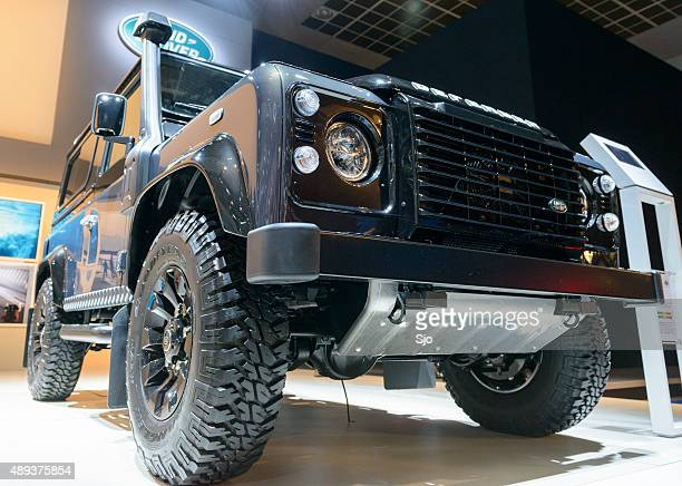 Land Rover Defender 90 Station Wagon low angle front view
