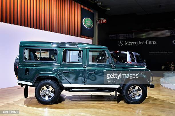 land rover defender - land rover stock pictures, royalty-free photos & images