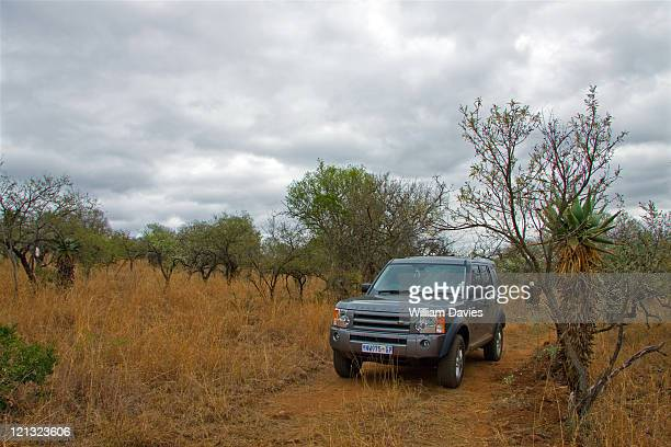 Land Rover Discovery 3 off-road near Ulundi on route to Gqokli Hill