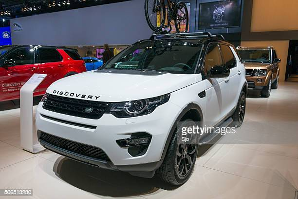 land rover discovery sport suv - land rover stock pictures, royalty-free photos & images