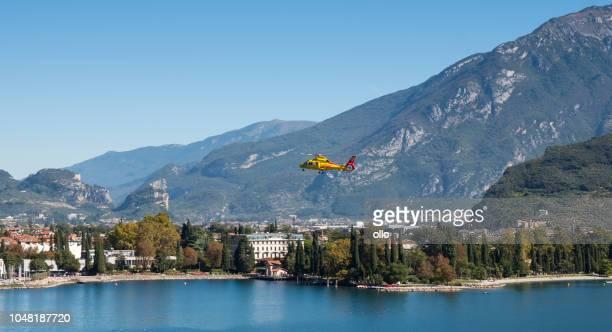 Landeanflug der italienischen Rettungshubschrauber in Riva del Garda