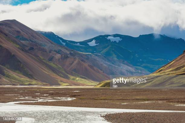 "landmannalaugar colorful mountains in iceland - ""sjoerd van der wal"" or ""sjo""nature stockfoto's en -beelden"