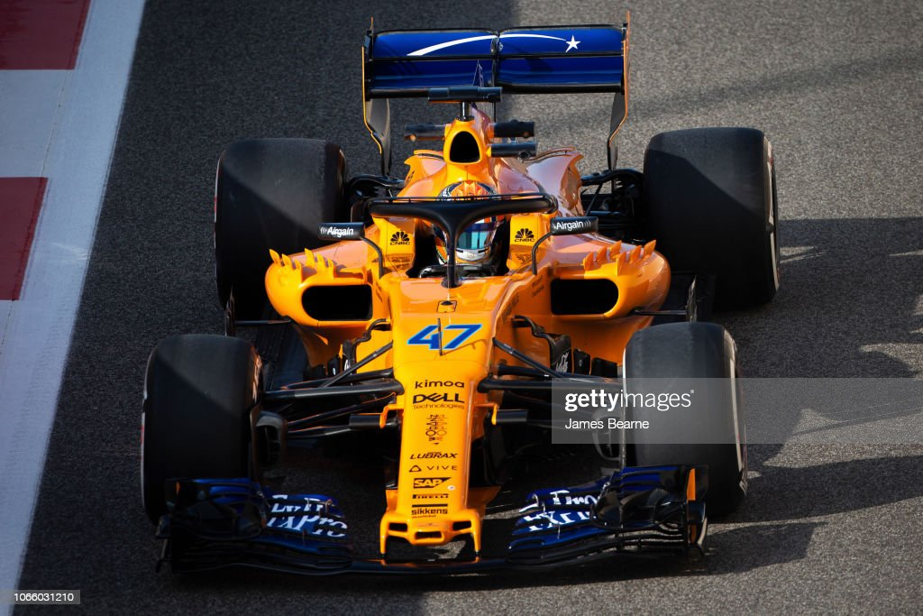 F1 End of Season Testing in Abu Dhabi - Day One : News Photo