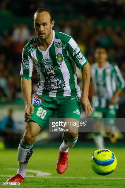 Landon Donovan of Leon drives the ball during the 6th round match between Leon and Puebla as part of the Torneo Clausura 2018 Liga MX at Leon Stadium...