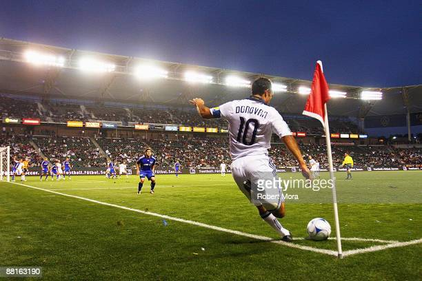 Landon Donovan of the Los Angeles Galaxy takes a corner kick against the Kansas City Wizards during their MLS game at The Home Depot Center on May 30...