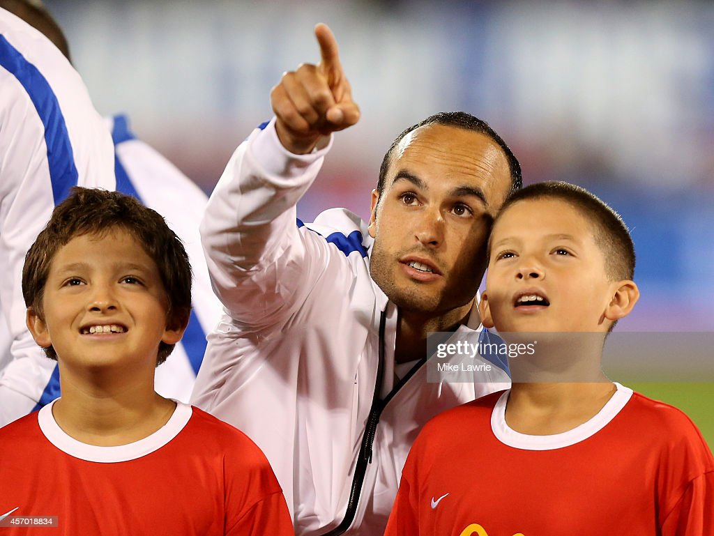 Landon Donovan #10 of the United States points into the stands during pre-game against Ecuador during an international friendly at Rentschler Field on October 10, 2014 in East Hartford, Connecticut.